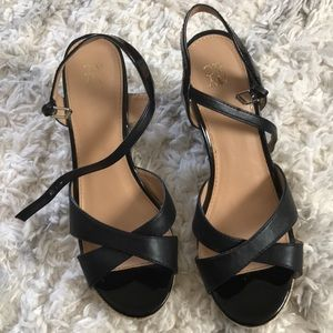 NY&C wedge sandals